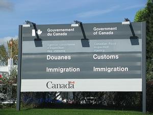 Фото: Wikimedia Coomons На фото: 45 иммиграционных консультантов обманули 2.000 человек — иностранных студентов и работников