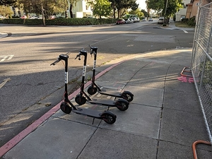 Фото: Wikimedia Commons На фото: Вождение скутера в состоянии алкогольного опьянения наказывается штрафом в размере $250 — $2.500