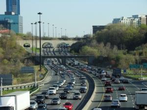 Фото: commons.wikimedia.org На фото: В Онтарио самые высокие цены на автострахование в стране