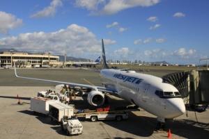 Фото: flickr.com На фото: Для перевозки большого количества багажа стоит пользоваться WestJet Cargo