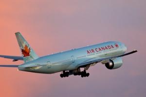 Фото: flickr.com На фото: Обе авиакомпании не поднимали цены четыре года – их вынудил рост расходов на топливо