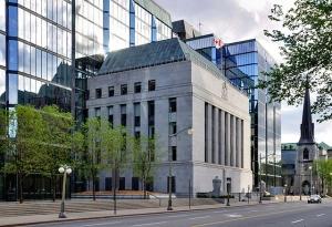 Фото: wikipedia.org На фото: В Банке Канады считают, что зарплата начнет расти всё больше в ближайшее время