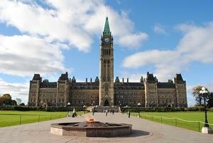 Фото: pixabay.com На фото: Когда-то в Канаде предлагали ввести закон об обучении полицейских общению с жертвами изнасилования, но его так и не приняли