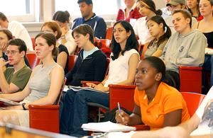 Фото: pixabay.com На фото: В провинции приостановлено и несколько других студенческих программ