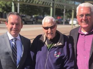Фото: twitter.com На фото: Двайер посещал каждый забег Терри Фокса