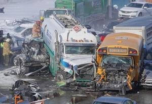 Фото: Radio-Canada На фото: Медики оказали помощь 150 людям на месте происшествия